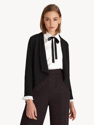 Asymmetric Buttonless Blazer in Black