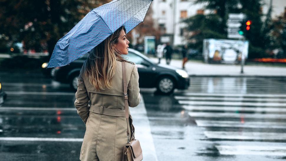 8248a9861 The 5 Best Sturdy Umbrellas