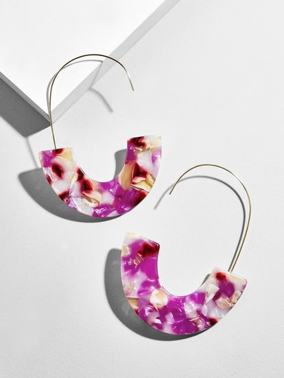 Faidra Resin Drop Earrings In Purple