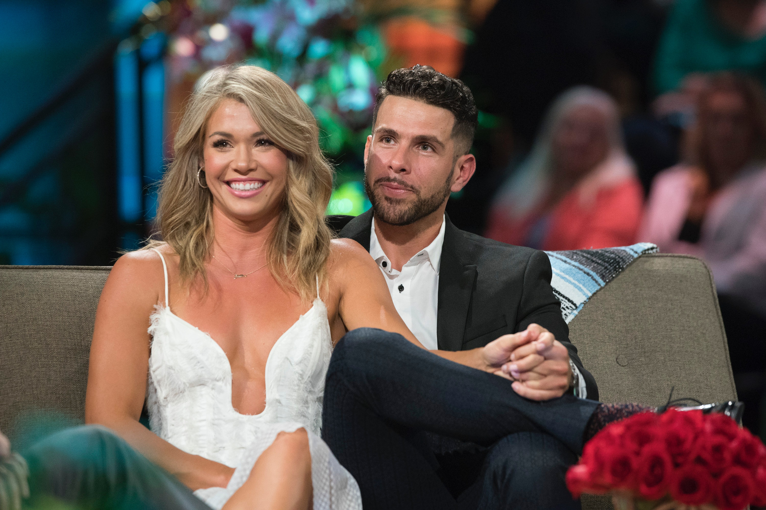 Who is wells dating bachelor in paradise 2019