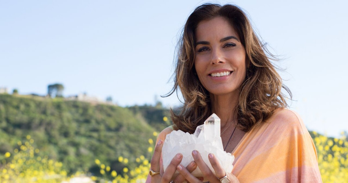 Heather Askinosie Is The Crystal Healer Bringing Good Energy To Others' Lives