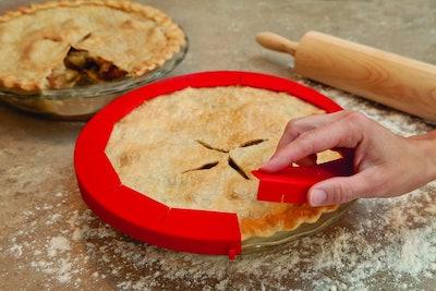 Talisman Designs Adjustable Pie Crust Shield