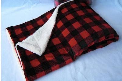 TRN Designs' Buffalo Plaid Sherpa Blanket