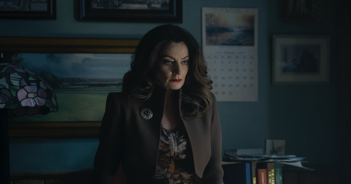 Is Ms Wardwell Bad On Chilling Adventures Of Sabrina