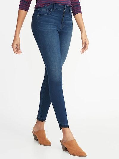 Mid-Rise Built-In Warm Rockstar Super Skinny Step-Hem Jeans