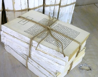 BluBerriFinds Vintage White Decorative Books (set of 3)