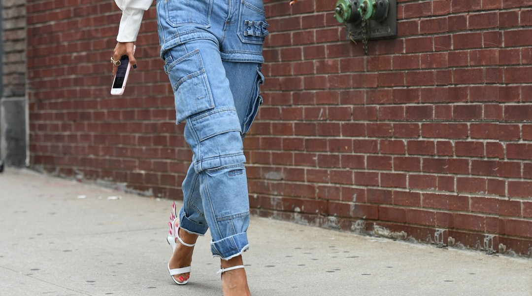 b29c5452d Cargo Pants Are Back In Style — This Is How To Wear Them The 2018 Way