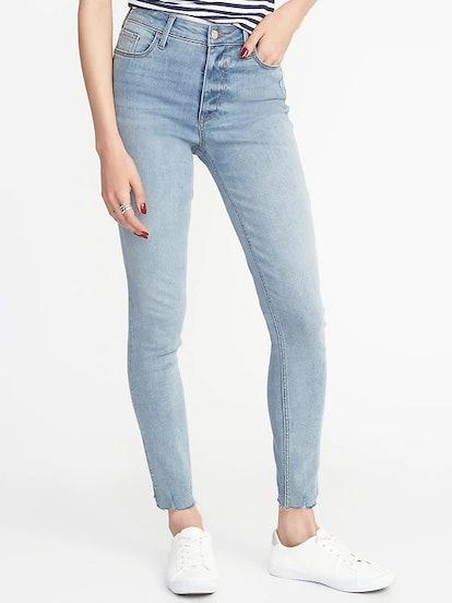 High-Rise Secret-Slim Pockets Raw-Edge Rockstar Super Skinny Jeans