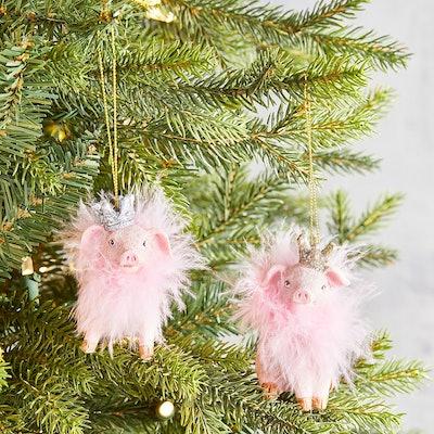Resin Fancy Pig Ornament Set