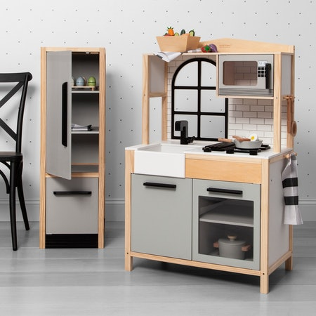 Hearth and Hand Toy Kitchen