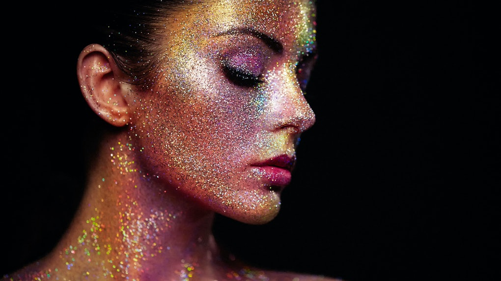 35 Captions For Glitter Makeup That