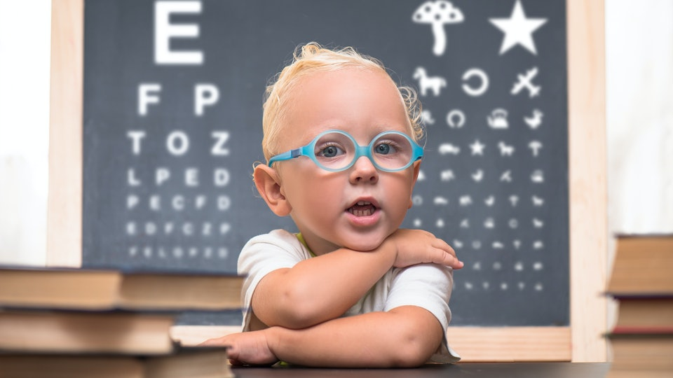 e7b8cacb97 Early Signs That Your Baby Needs Glasses