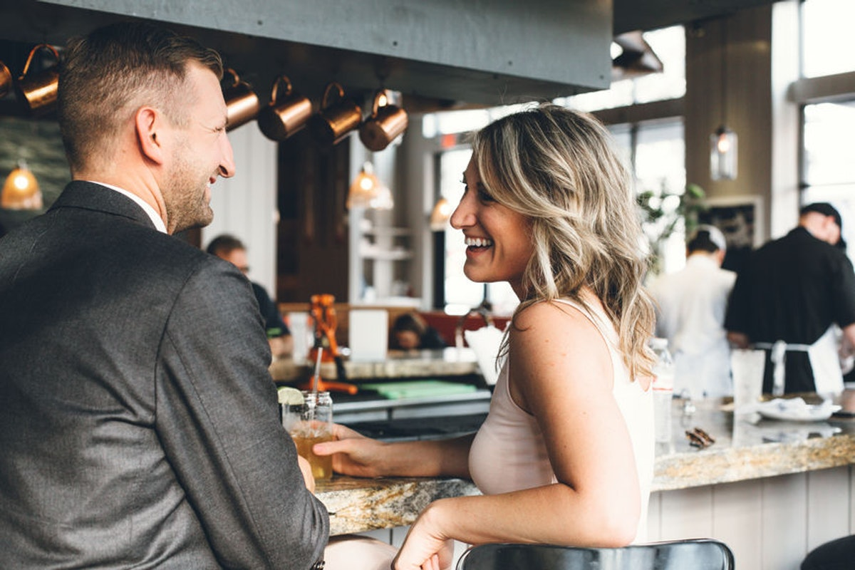 "17 Clever Pickup Lines To Try At A Bar, For When ""Hey"" Feels Too Simple"