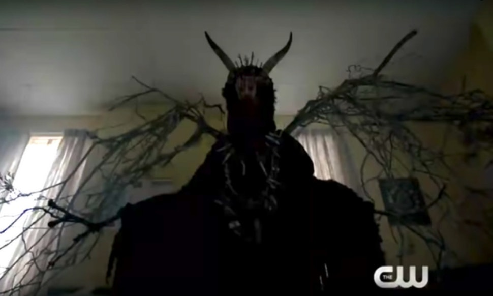 the gargoyle king on riverdale will be the shows most dangerous villain yet according to showrunner roberto aguirre sacasa