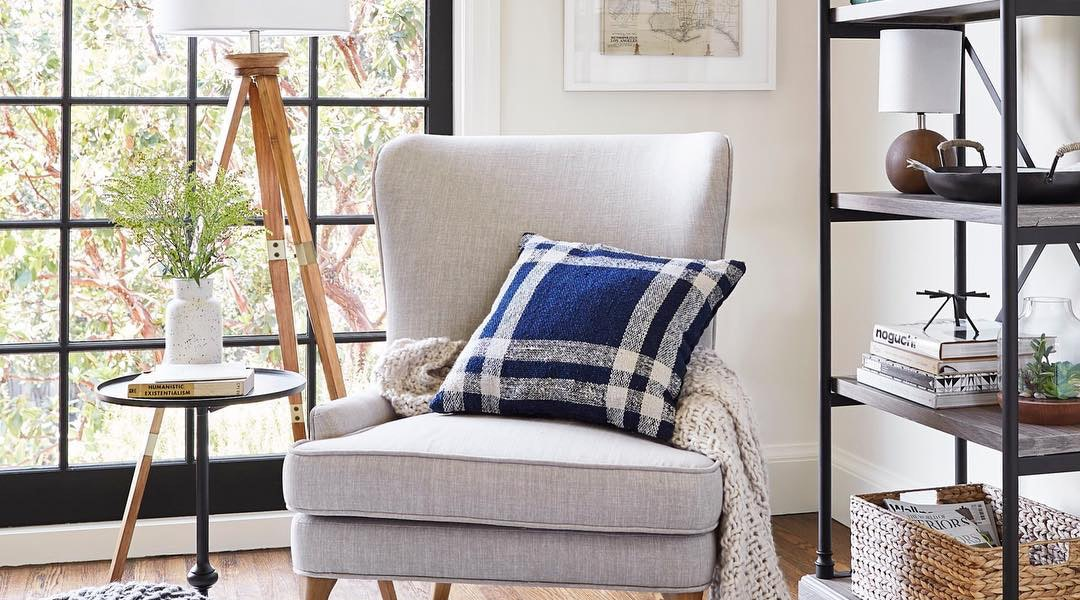 10 Gorgeous Throw Pillows Under $30 That Will Transform Your Living Room