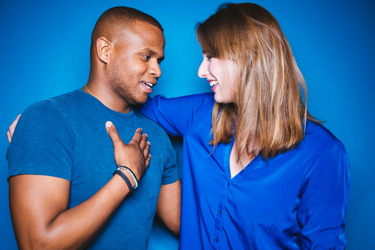 """Couples Who Use """"We"""" Vs. """"I"""" Have Happier Relationships, New Research Finds"""