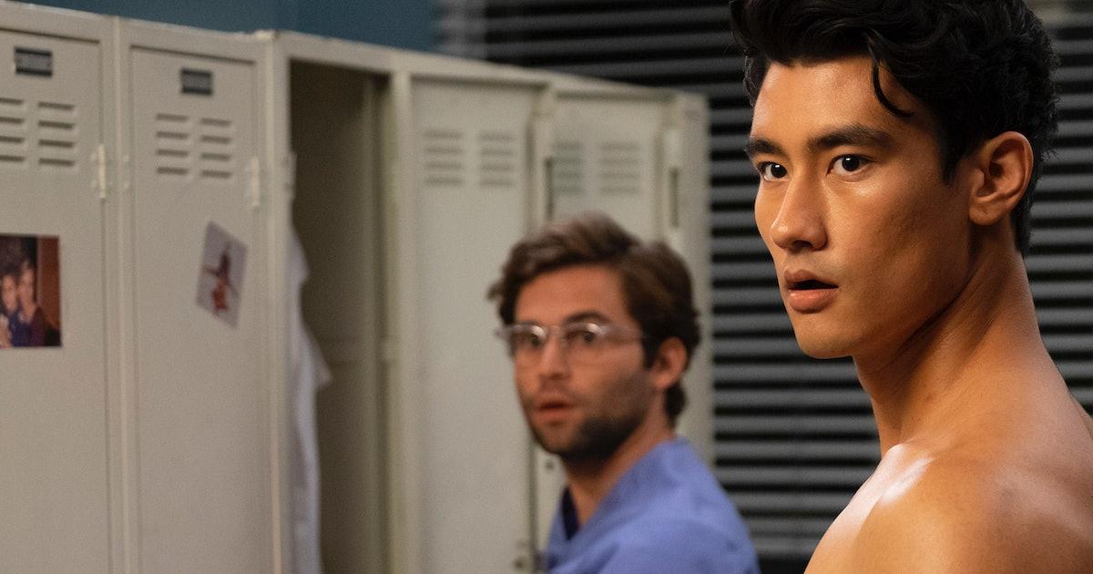 Greys Anatomys Hot New Doctor Alex Landi Goes Shirtless