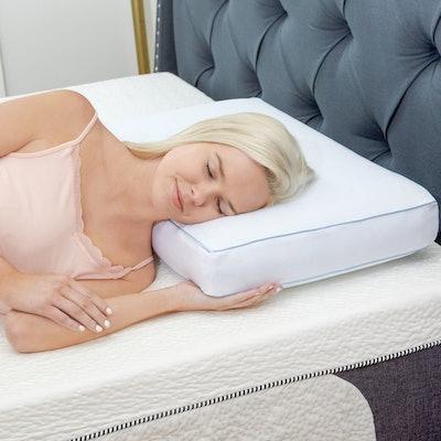 Classic Brands Memory Foam Pillow