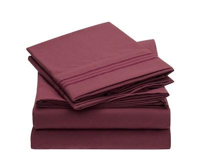 Mellanni Hypoallergenic Bed Sheet Set