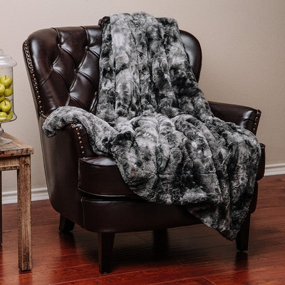 Chanasya Faux-Fur Fuzzy Blanket