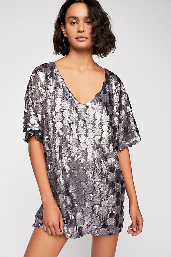 0f1dc6b4c8177 15 New Year's Eve Dresses That'll Make You Feel As Fresh As 2019