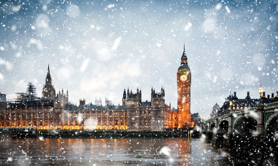 will it be a white christmas 2018 in the uk the bookies dont think its unlikely