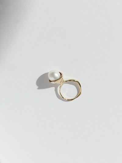 Chapeau Ring - 14K Gold And Pearl