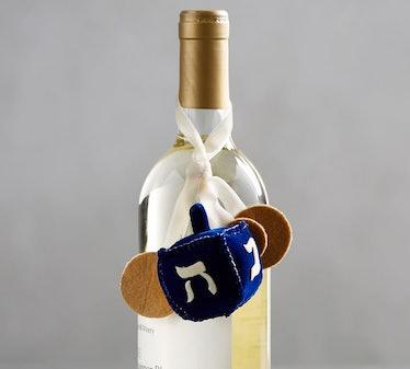 Dreidel Wine Topper