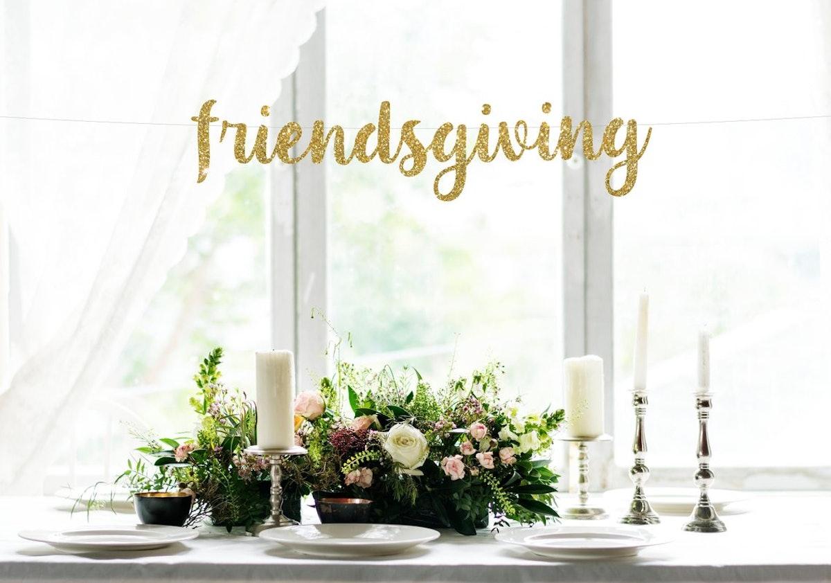 Friendsgiving Cursive Glitter Banner