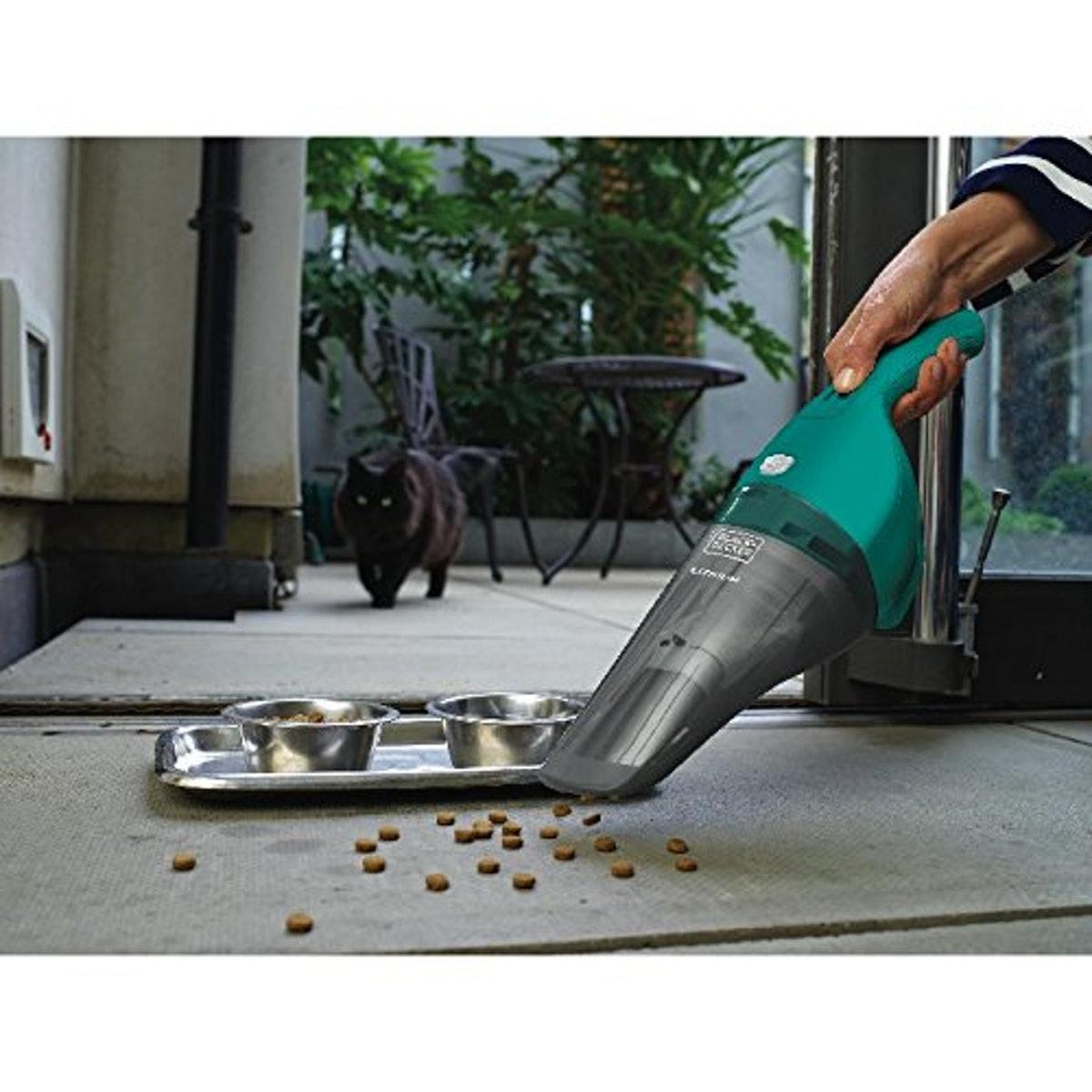 Black And Decker Hand Vacuum