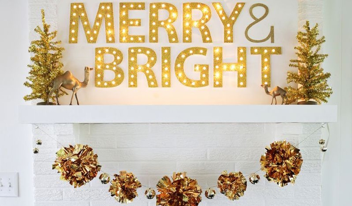 9 Decorating Ideas For Thanksgiving And Christmas, Bc Setting Up Once Is Enough