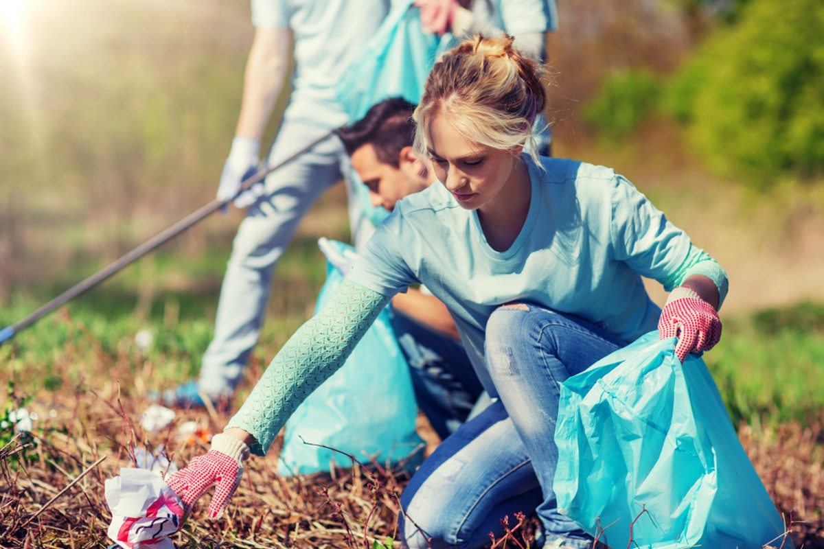 11 Thanksgiving 2018 Charity Ideas & Ways To Give Back This Holiday Season