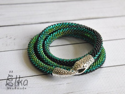 Green Snake Necklace