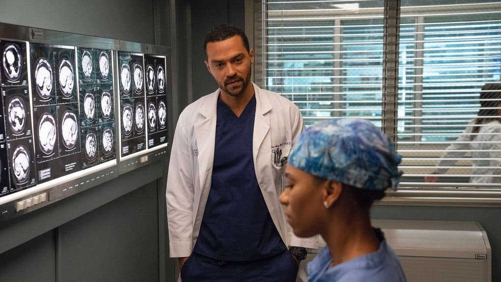 The 'Grey's Anatomy' Elevator Cliffhanger Has Fans Laughing