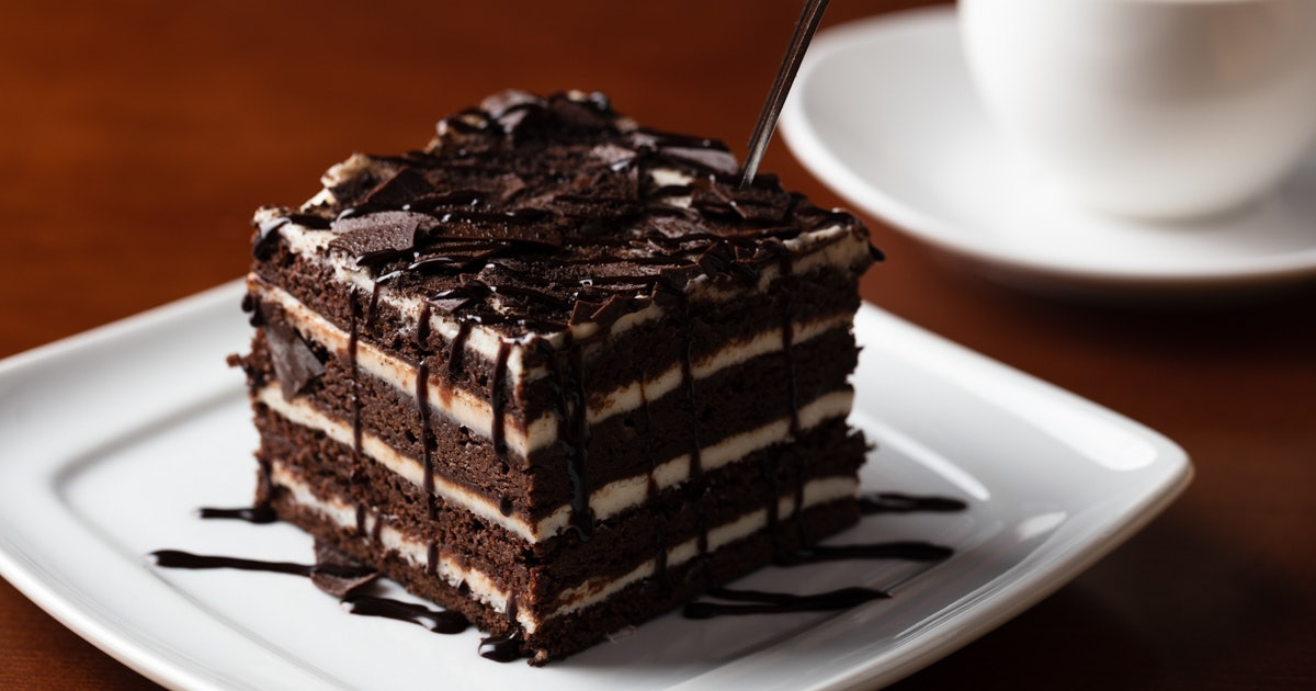 Olive Garden's Chocolate Brownie Lasagna Has Eight Layers Of Creamy Fudge