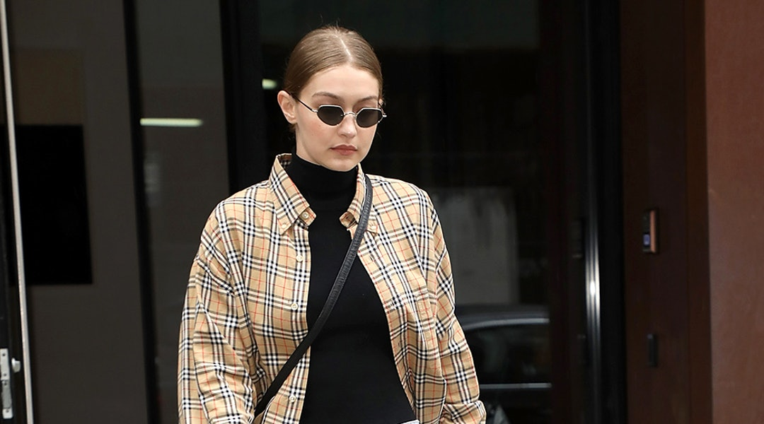 befeec3c66 Gigi Hadid's Off-Duty Style Is Foolproof Inspiration For Holiday Dressing