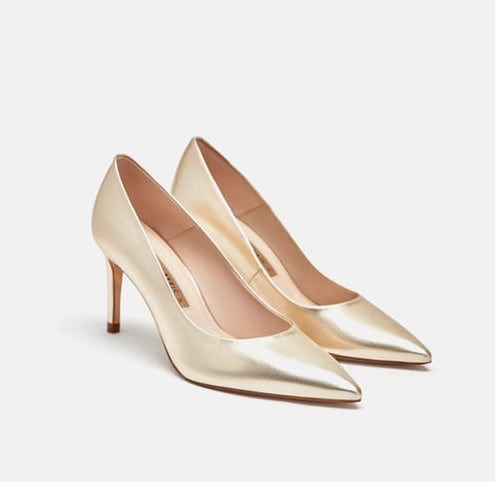 2f5f3dd82094 Emma Roberts' Gold Heels Are The $60 Pumps You'll Actually Wear
