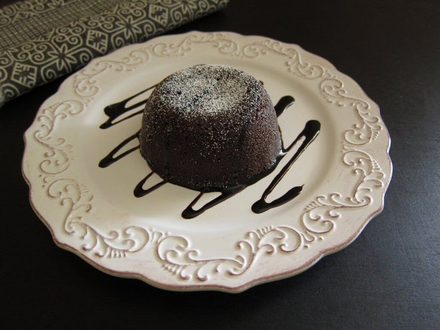 chocolate lava cake recipe you can make in an Instant Pot for Thanksgiving dessert