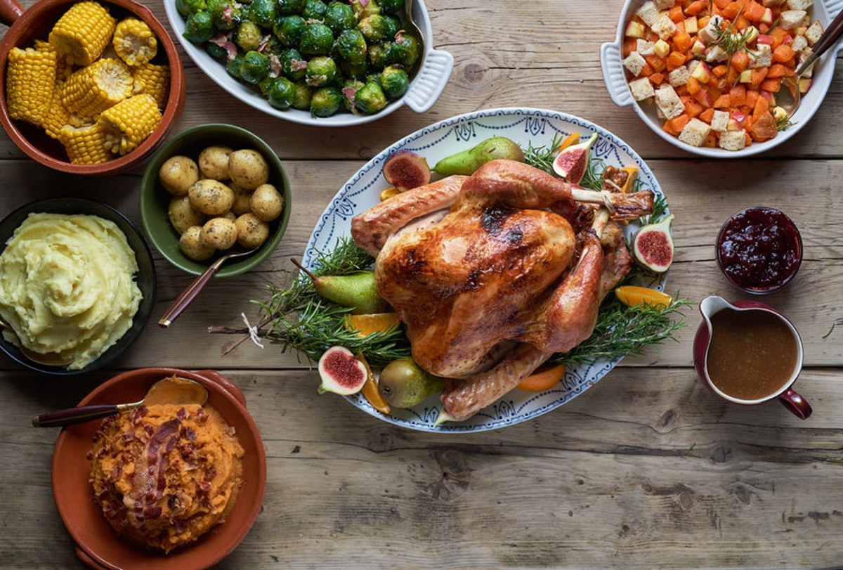 Every Zodiac Sign Has A Thanksgiving Food That Goes With It & Here's Yours