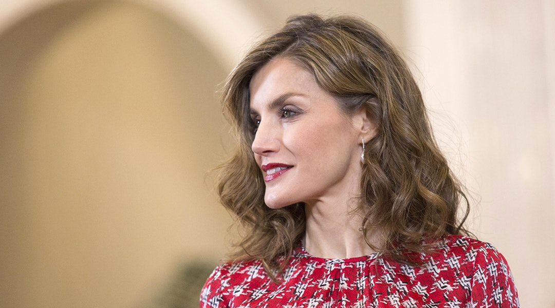 f6291588f2be Queen Letizia Of Spain's Best Style Moments Are So Easy To Recreate