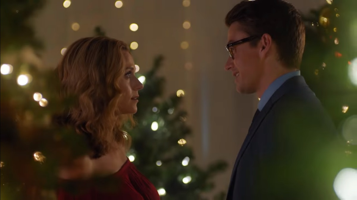 'The Christmas Contract' Trailer Finally Reunites Your 'One Tree Hill' Favorites