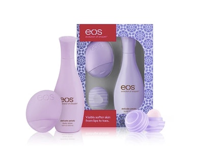 eos Limited Edition Blackberry Nectar Delicate Petals Gift Set Hand And Body Lotion