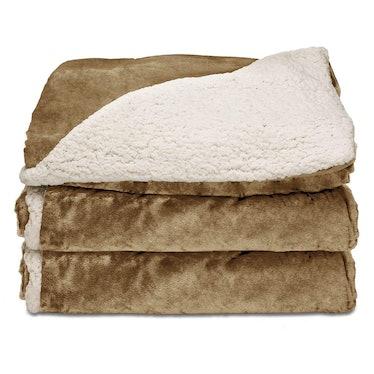 Sunbeam Reversible Sherpa Heated Throw Blanket