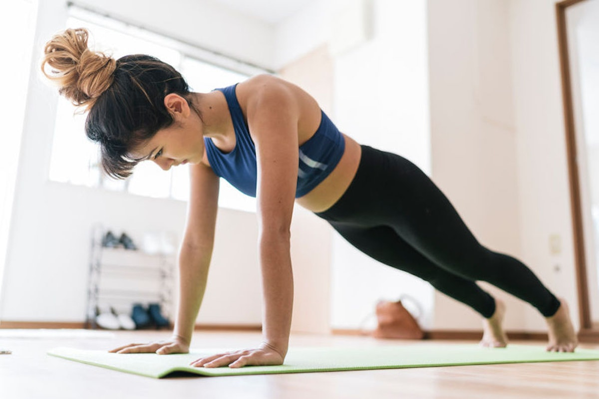 5 Quiet Workouts For Apartments When Your Neighbor Is Sick Of Your Jumping Jacks