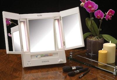 Jerdon Tri-Fold Makeup Mirror
