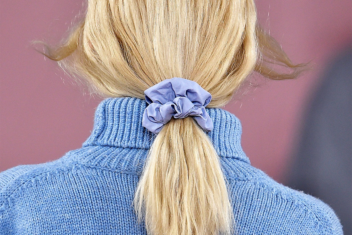 How To Wear A Scrunchie in 2018, Because Yes, It's Still A Thing
