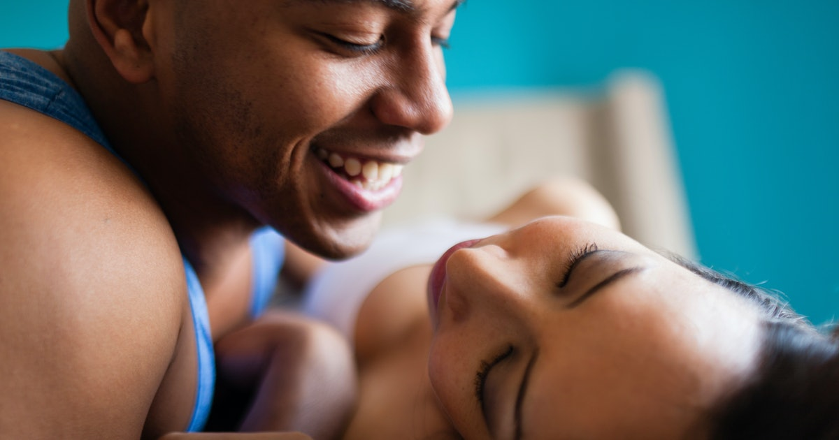 8 Physical Changes That Happen In Men's Bodies When They Fall In Love