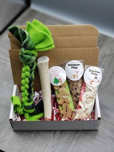 Holiday Dog Gift Set