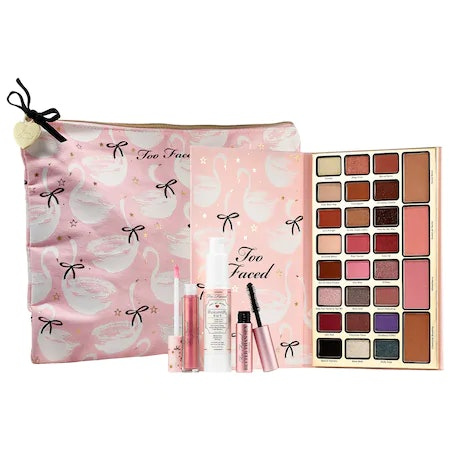 Dream Queen Limited-Edition Make Up Collection