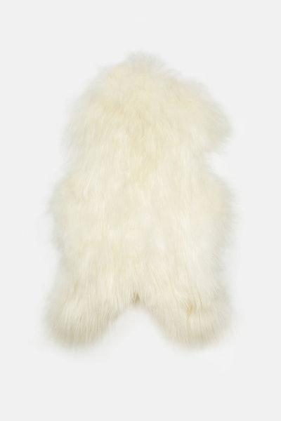Black Sheep (White Light) Natural White Icelandic Sheepskin
